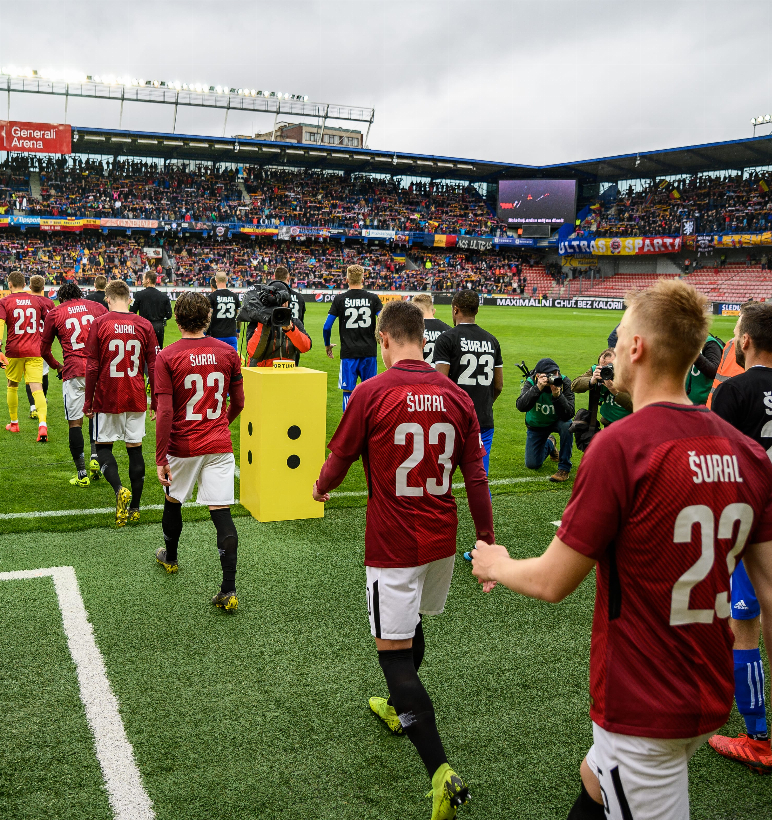 Auction of jerseys from the match with Baník