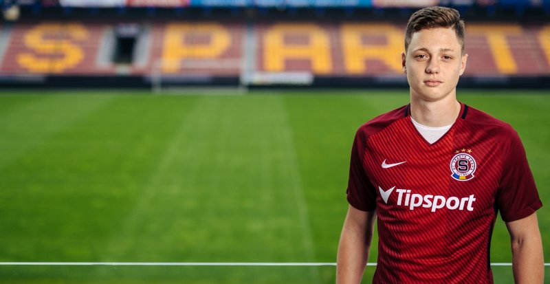 Ladislav Krejčí moves to Sparta