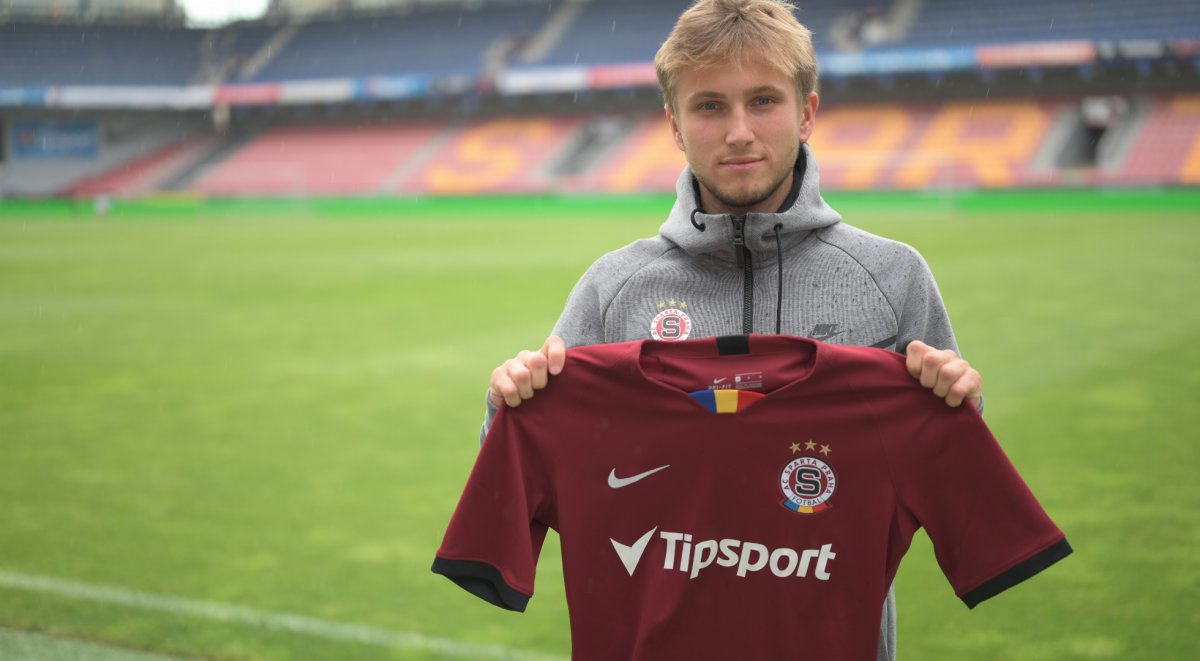 Christian Frýdek extended the contract and moves on loan to Hradec